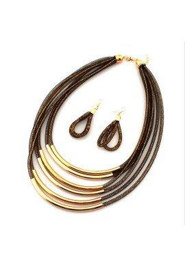 Conjunto collar gargantilla y pendientes de zamak dorado con varias filas, ETNIA